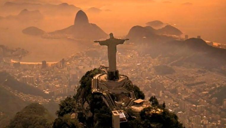 Het beeld Christo Retendor (Christus de Verlosser) op de berg Corcovado in Rio de Janeiro. Beeld YouTube