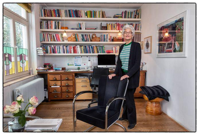 Relatietherapeut Ineke Kroese (74): 'Mijn voorbeeld is een collega-therapeut van 83 jaar. Zolang het kan, ga ik door.' Foto Marco Okhuizen