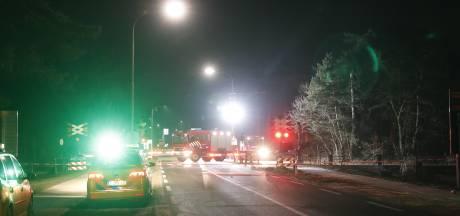 Eperweg bij Nunspeet nacht dicht vanwege spoedreparatie aan spoorwegovergang