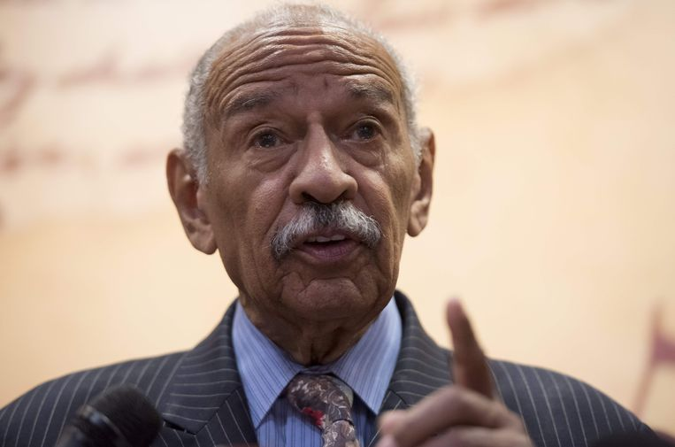 John Conyers (88) , , het langstzittende Congreslid in Washington.