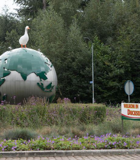 Opluchting bij Donald Duck: Ermelo, het dorp van de eendenslachterij, heet niet langer 'Duckstad'