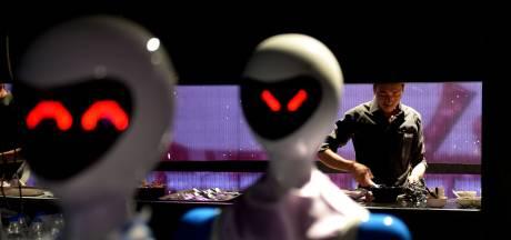 Ruim baan voor de robotkok: coronavirus brengt toekomst voor restaurants dichterbij