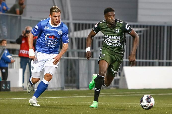 Darren Maatsen raakte in de slotfase van de wedstrijd tegen FC Den Bosch geblesseerd.