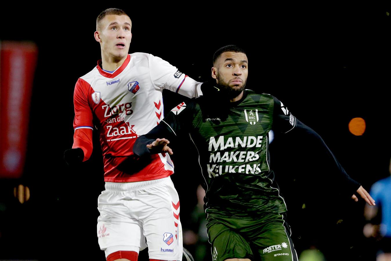 Ruben Hoogenhout (links op archiefbeeld) scoorde vanavond namens Jong FC Utrecht.