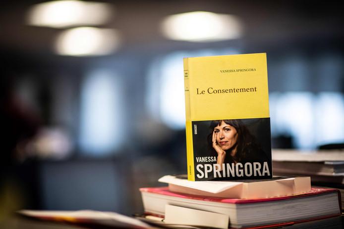 """""""Le Consentement"""" de Vanessa Springora veut """"que l'hypocrisie de toute une époque soit remise en question"""""""