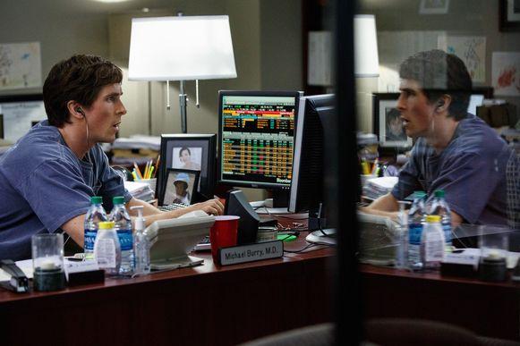 Acteur Christian Bale in de rol van Michael Burry in de film 'The Big Short'.