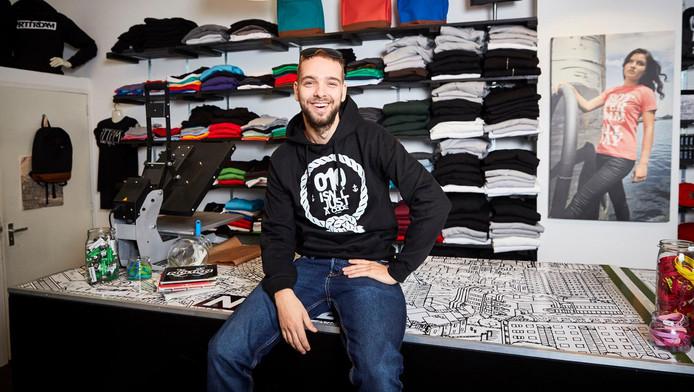'Heel tof dat ik nu tussen andere bekende Rotterdamse ondernemers zit', zegt Guy de Hoog.