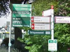 Deze 'lelijke' plakzuilen en verwijsbordjes verdwijnen uit Montferland