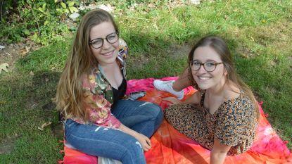"""Nieuwe vroedvrouwenpraktijk van Amanda en Demi ondanks coronacrisis vlot van start: """"Vrouwen verlaten ziekenhuis sneller na bevalling en doen op ons beroep"""""""