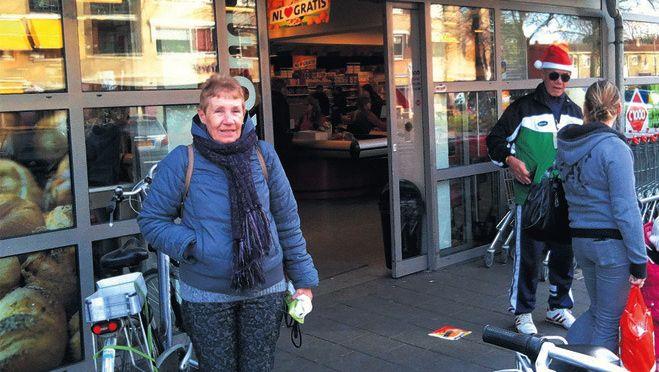 Praat eens met elkaar, leven en laten leven,' luidt de mening van C1000-klant Ria Jansen over boycotoproep.
