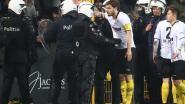 """Sportingfans uiten ongenoegen over optreden oproerpolitie: """"Zelfs spotter kreeg kopstoot"""""""