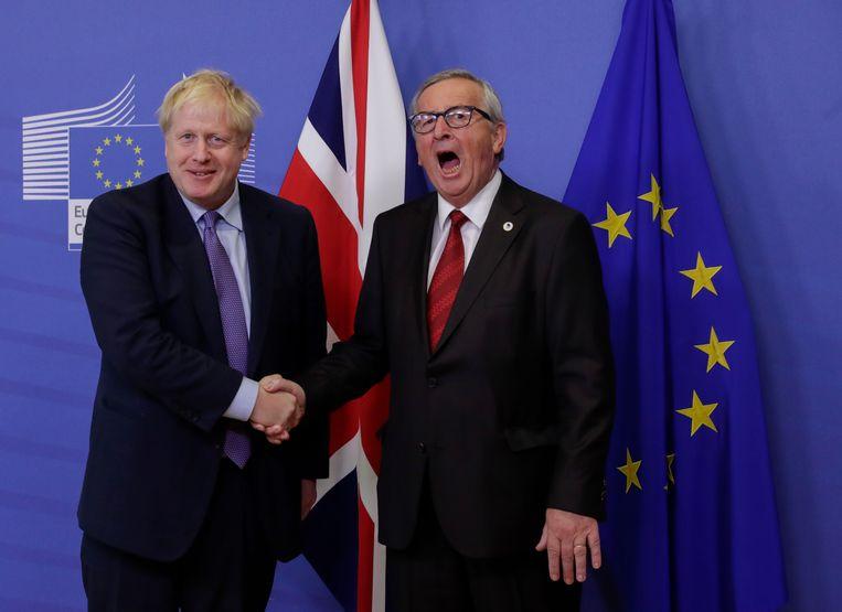 Johnson met Europees Commissievoorzitter Jean-Claude Juncker eerder deze week bij het bereiken van het akkoord dat vandaag voorligt in het Britse parlement.