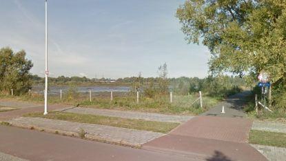 Fiets- en wandelpaden Burchtse Weel krijgen nieuwe laag asfalt