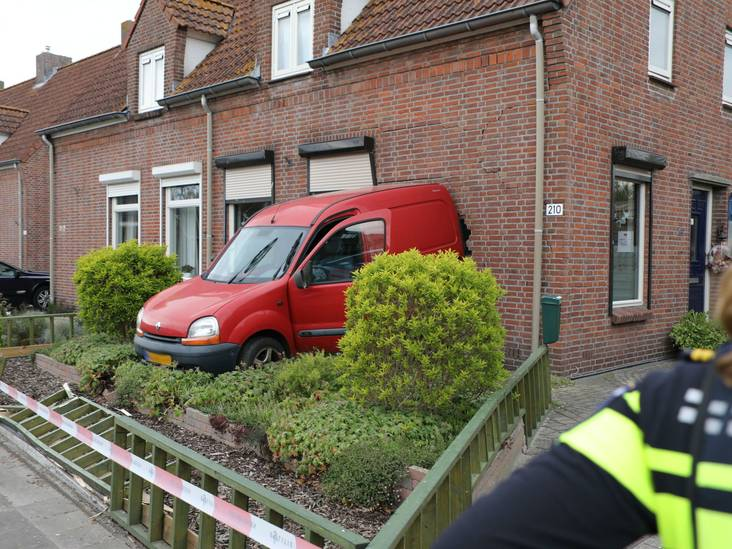 Ravage na botsing in Sprang-Capelle: 'De knal was enorm'