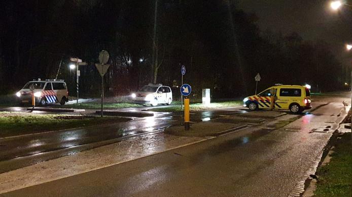 Een 21-jarige vrouw is donderdagavond zwaargewond geraakt bij ongeval op de Baanhoekbrug in Dordrecht.