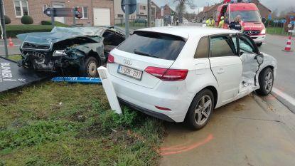 Zwaargewonde bij aanrijding drie wagens op Aarschotsesteenweg