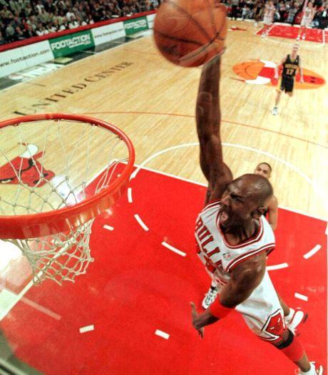 Schoenen Michael Jordan leveren ruim 5 ton op