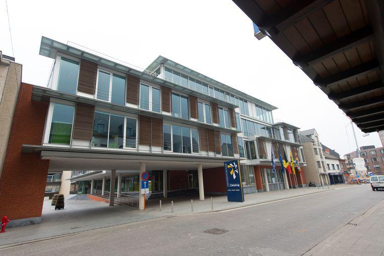 Het nieuwe gemeentehuis van Putte.