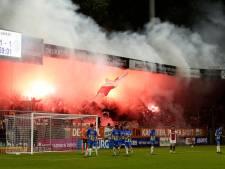 KNVB geeft Ajax boete voor vuurwerk bij RKC