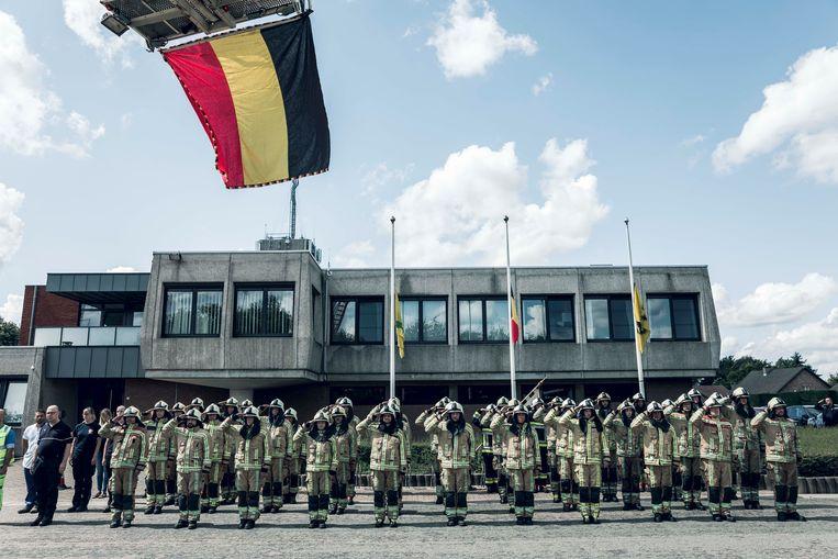 In de brandweerkazerne van Heusden-Zolder vindt zaterdag ook een serene afscheidsplechtigheid plaats. Daar was er deze week ook al een ingetogen moment.