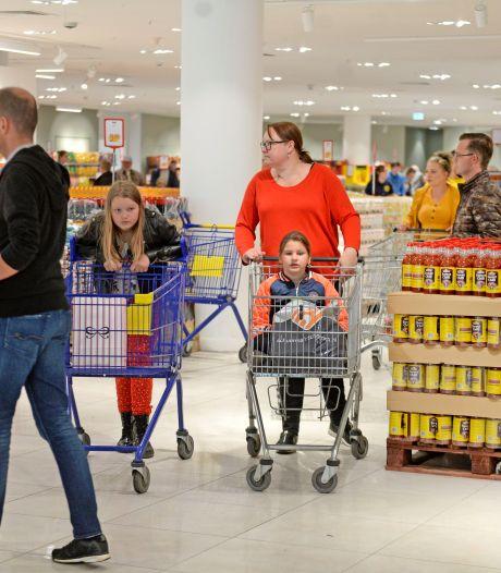 Het loopt niet storm bij 'publieksmagneet' 2 Brüder in Enschede: 'Zijn nog niet klaar'