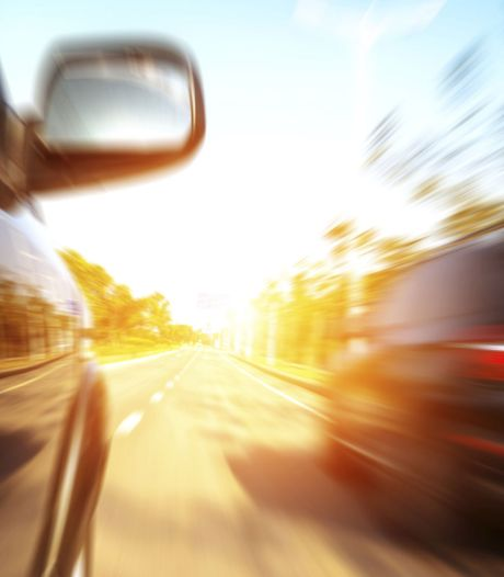 Hardrijders moeten rijbewijzen inleveren bij controle op N322