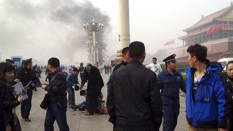 Het Plein van de Hemelse Vrede maandag, niet lang na het incident waarbij vijf mensen omkwamen en tientallen gewond raakten. Beeld reuters