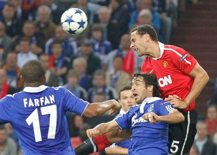 Het jaar 2011 was er voor Schalke 04 en Manchester United één met pieken en dalen.