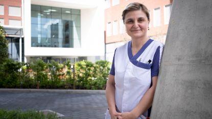 """Zorgkundige wordt brugfiguur tussen ziekenhuis en islamitische coronapatiënten: """"Ook wie taal niet begrijpt, heeft nood aan steun en vertrouwd gezicht"""""""