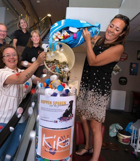 Duivense Miranda en Larissa verzamelen doppen voor het goede doel: 'Met liefde en plezier'