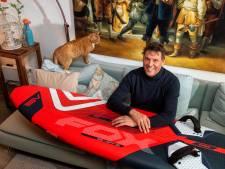 Jan Karel brak zijn nek bij een surf-ongeluk en droeg lang een harnas: woensdag vertelt hij erover op tv