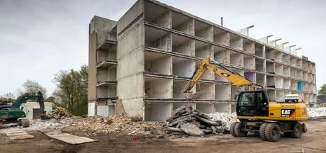 Sloop De Annenborch in Rosmalen vertraagd na aantreffen van asbest