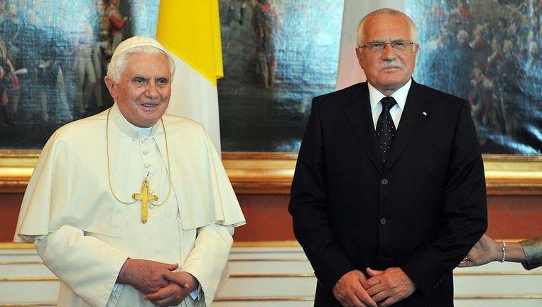 De paus met de Tsjechische president Vaclav Klaus.