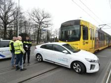 Tramverkeer weer op gang na botsing tussen tram en auto