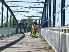 Brandje op oude voetgangersbrug bij station Zwolle