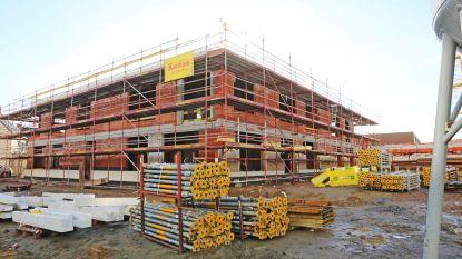 Bouw nieuwe kleuterschool en feestzaal zit op schema: nieuwbouw in oktober klaar