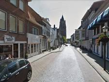 Haarstraat in de Gorcumse binnenstad op slot