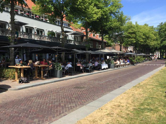Volle terrassen op De Lind in Oisterwijk