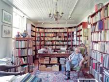 Fotografen portretteren boekhandelaren Bredevoort