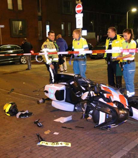 Motoragent gewond bij aanrijding met auto Beresteinlaan