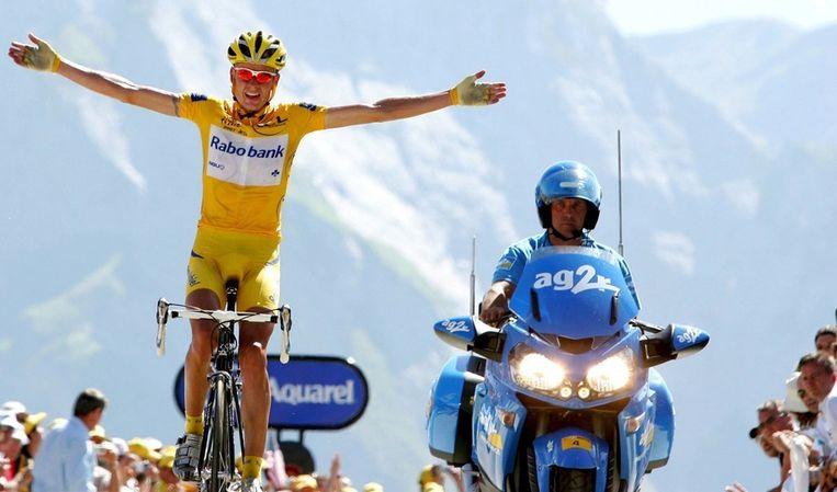Michael Rasmussen zegevierde in 2007 op de Col d'Aubisque. © ANP Beeld