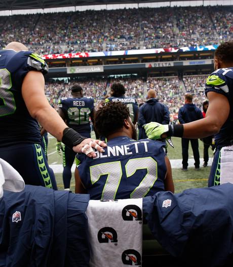 Trump: Ontsla NFL-spelers die niet opstaan voor het volkslied