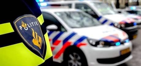 Inbrekers ontfutselen sleutels uit kluis en jatten auto op invalidenplek