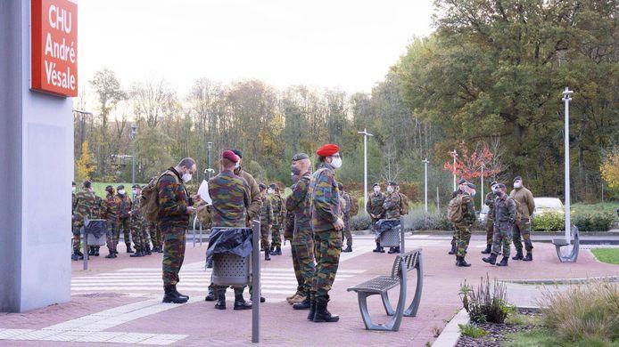 Les militaires viennent prêter main forte à l'Hôpital André Vésale à Montigny-le-Tilleul
