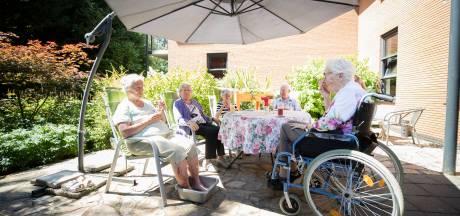 Nederlander kijkt weinig om naar ouderen tijdens hitte