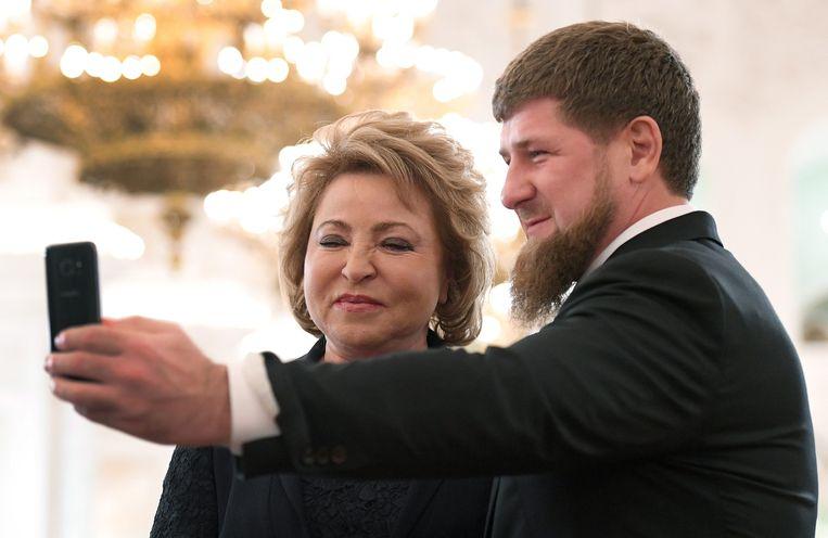Selfies publiceren op zijn Facebookprofiel zit er voor de Tsjetsjeense president Ramzan Kadyrov voorlopig niet meer in. Beeld EPA