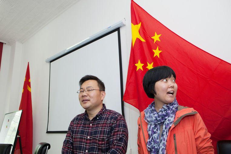 Li Huaijie en Li Xiaoyu: 'Er komt vast snel goede privacywetgeving. Data veroordelen niemand: het is maar net wat de maatschappij ermee doet.' Beeld WassinkLundgren