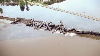 870.000 liter olie lekt weg in Amerikaanse rivier na treinongeluk