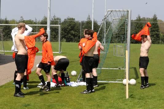 Het vriendenteam van Overasseltse Boys haalde na twee jaar eindelijk een punt.
