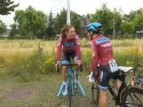 Als prof fietsen in je achtertuin? Kirstie reed proloog in Leidsche Rijn